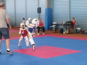 Ryder sparring (in blue)