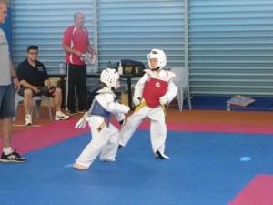Ryder sparring (in red)