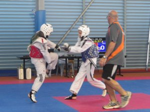 Tamzin sparring (in blue)